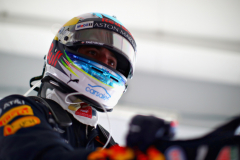 SUZUKA, JAPAN - OCTOBER 05: Daniel Ricciardo of Australia and Red Bull Racing prepares to drive in the garage during practice for the Formula One Grand Prix of Japan at Suzuka Circuit on October 5, 2018 in Suzuka.  (Photo by Mark Thompson/Getty Images) // Getty Images / Red Bull Content Pool  // AP-1X3X43ET92511 // Usage for editorial use only // Please go to www.redbullcontentpool.com for further information. //