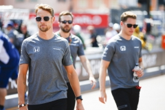 Monte Carlo, Monaco.Sunday 28 May 2017.Jenson Button, McLaren, with Stoffel Vandoorne, McLaren.World Copyright: Andy Hone/LAT Imagesref: Digital Image _ONZ0032