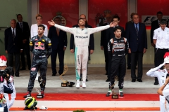 MONTE-CARLO, MONACO - MAY 29: Lewis Hamilton of Great Britain and Mercedes GP celebrates on the podium with Daniel Ricciardo of Australia and Red Bull Racing and Sergio Perez of Mexico and Force India during the Monaco Formula One Grand Prix at Circuit de Monaco on May 29, 2016 in Monte-Carlo, Monaco. (Photo by Lars Baron/Getty Images) // Getty Images / Red Bull Content Pool // P-20160529-01448 // Usage for editorial use only // Please go to www.redbullcontentpool.com for further information. //