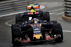 MONTE-CARLO, MONACO - MAY 29: Carlos Sainz of Spain driving the (55) Scuderia Toro Rosso STR11 Ferrari 060/5 turbo leads Sergio Perez of Mexico driving the (11) Sahara Force India F1 Team VJM09 Mercedes PU106C Hybrid turbo on track during the Monaco Formula One Grand Prix at Circuit de Monaco on May 29, 2016 in Monte-Carlo, Monaco. (Photo by Lars Baron/Getty Images) // Getty Images / Red Bull Content Pool // P-20160529-01349 // Usage for editorial use only // Please go to www.redbullcontentpool.com for further information. //